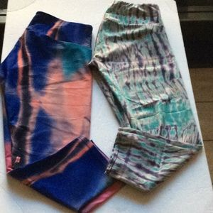 Bundle Onzie Capri leggings S/M